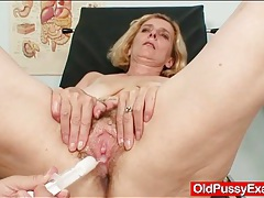 Toys and speculum insdie her granny pussy tubes