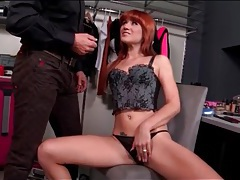 Sexy redhead blows her makeup artist tubes