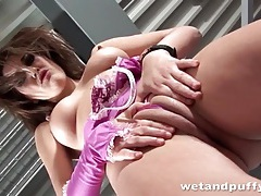 Purple lingerie lets us admire her cameltoe tubes