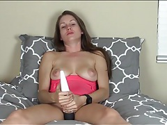 Joi from a cute masturbating girl that cums tubes
