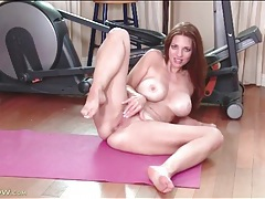 Join a gorgeous big tits milf for sexy finger fucking tubes