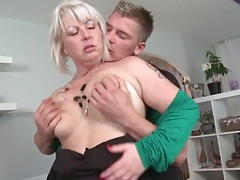 Mommy with a lusty mouth sucks a dick tubes