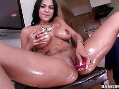 Dildo porn with a lubed up latina hottie tubes