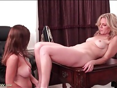 Milf office babes forget about work to eat pussy tubes
