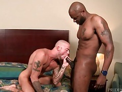 Huge black dude fucks a sexy white gay ass tubes