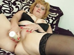 Granny looks good in a solo masturbation video tubes