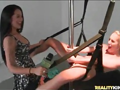 Amateur tries the sex swing and fucks a big dildo tubes