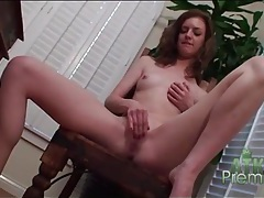Skinny anna skye sensually masturbates her bald pussy tubes
