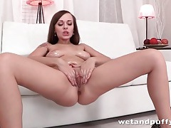 Young bubble butt looks hot in white panties tubes