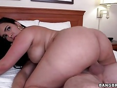 Her fat ass is dreamy in a latina hardcore video tubes