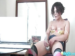 Cute girl with short hair masturbates to computer porn tubes