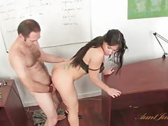 Mommy in the office fucked by a big cock tubes