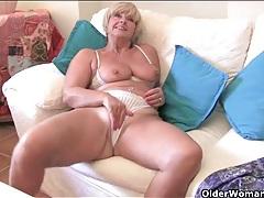 Scenes of sexy mature babes masturbating lustily tubes
