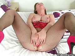British milf april rips her tights for easy access tubes