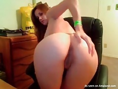 Big tits and a sexy asshole on a webcam girl tubes