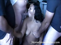 Amateur blowbang wth a fat black cocksucker tubes
