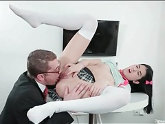 Schoolgirl pussy tastes so good on his tongue tubes