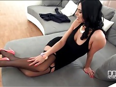 Shiny heels and stockings on sexy kira queen tubes