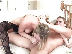 Double penetrated whore in sexy stockings tubes