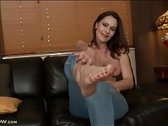 Leggy nora noir strips off her sexy jeans tubes