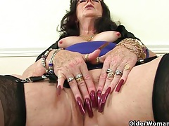 British grannies zadi and pearl fuck their old pussy with a dildo tubes
