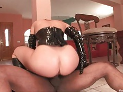 Hot body white girl in sexy black latex rides bbc tubes
