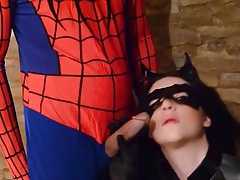 Catwoman blows spiderman and rides his dick tubes