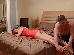 Smart man knows a massage will arouse his girlfriend tubes