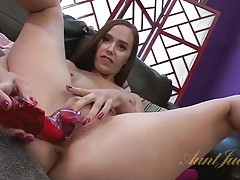 Cute milf tries her new toys and cums on them tubes