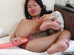 Hot pink lipstick is sexy on a toy fucking asian tubes