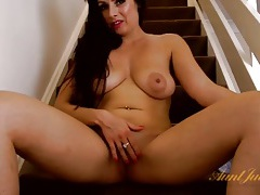 Pink lipstick is all the milf wears as she masturbates tubes