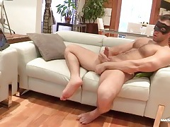 Hairy muscular guy in a mask masturbates solo tubes
