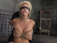 Skinny blonde bimbo put into beautiful rope bondage tubes