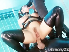 Leather fetish threesome with a hot anal babe tubes