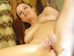 Gf cleaning house and fucking in doggystyle tubes