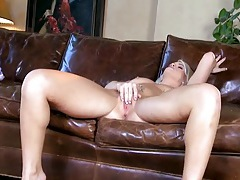 Emily austin is the hottest bleach blonde girl on the planet tubes