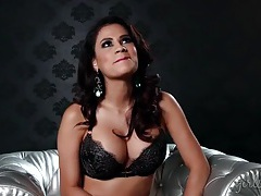 Busty glamour goddess talks in her sexy bra tubes