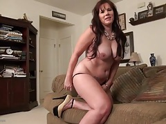 Chubby milf has a perfect shaved pussy tubes
