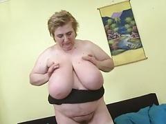 Huge tits of a bbw jiggle lustily tubes
