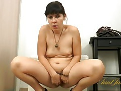 Hairy milf lets you see her soaking wet pussy tubes
