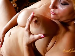 Fun and chubby milf with a gorgeous bald pussy tubes