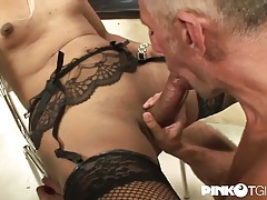Tgirl in sexy fishnets fucks him in the ass tubes