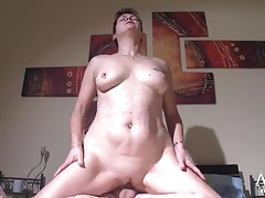 Chubby german mature babe rides her sleeping hubby tubes