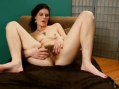 Mommy shows her used panties in close up tubes