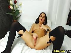 Masturbating cam hottie in sexy pink lipstick tubes